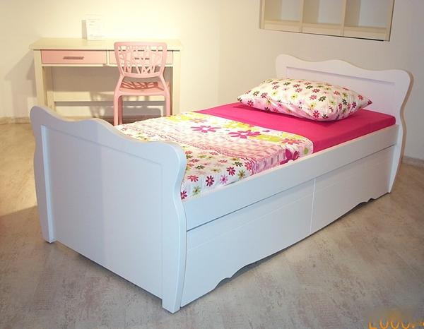 מיטה דגם גל.1