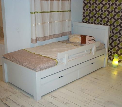 מיטה דגם רוי