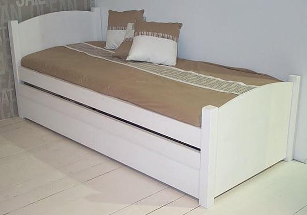 מיטה דגם מיכל
