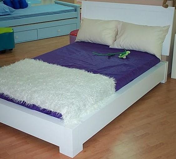 מיטה וחצי דגם מאי